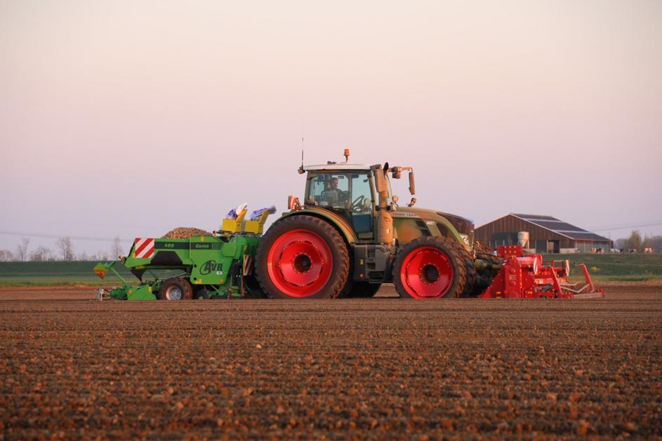 Finestri & De Groot Agro Advies helpen Almkerkse agrariërs