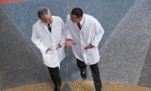 Onderbouwen en verbeteren multidisciplinaire samenwerking in de zorg